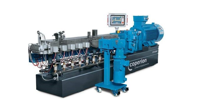 Coperion twin screw extruder STS Mc11