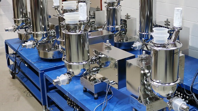 Loss-in-weight Pharma feeders for continuous mixing application